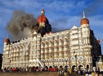 ' ताज के आम हीरो '  (Based on the events of 26/11)